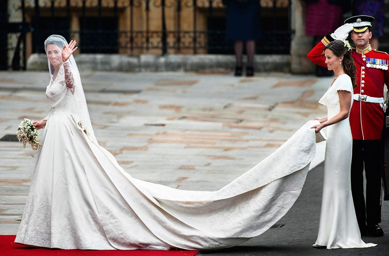 KATE AND PIPPA MIDDLETON, ROYAL WEDDING, LONDON