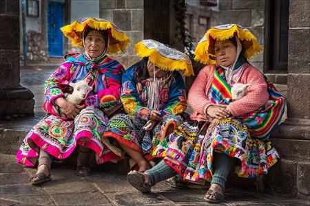 Cusco  Women