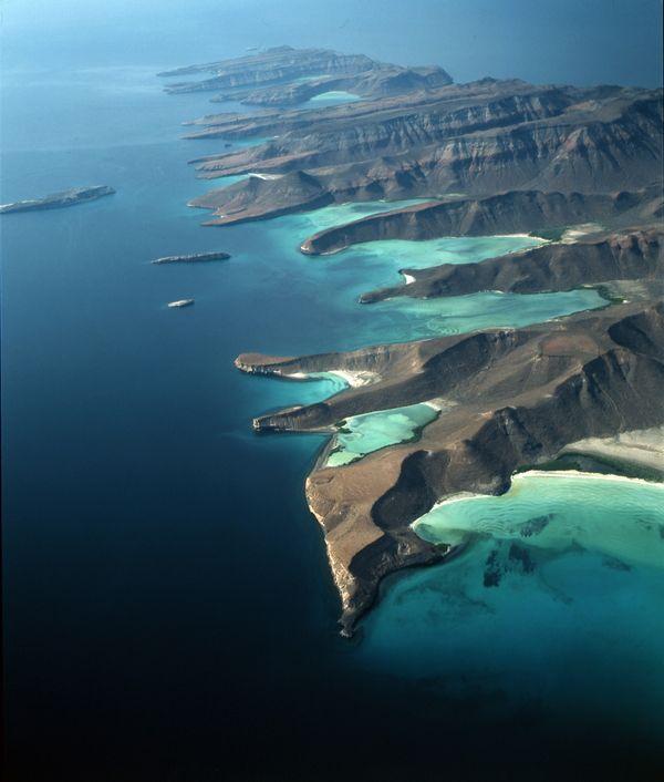 Islas Espíritu Santo y La Partida
