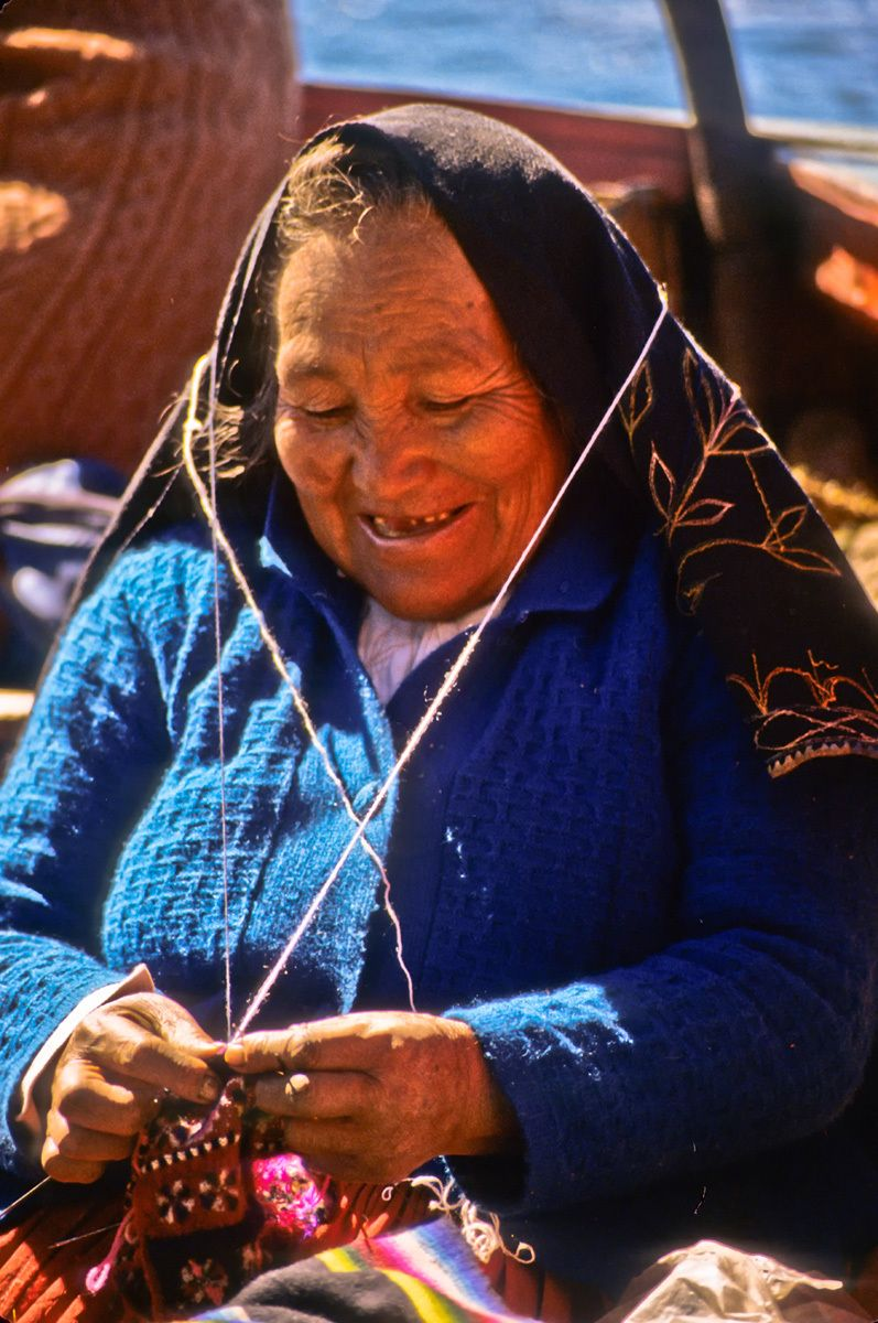 Old Woman knitting, Lake Titicaca, Peru