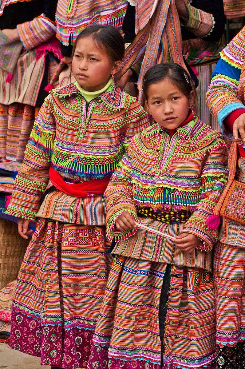 Flower Hmong children, Bac Ha, Northern Vietnam
