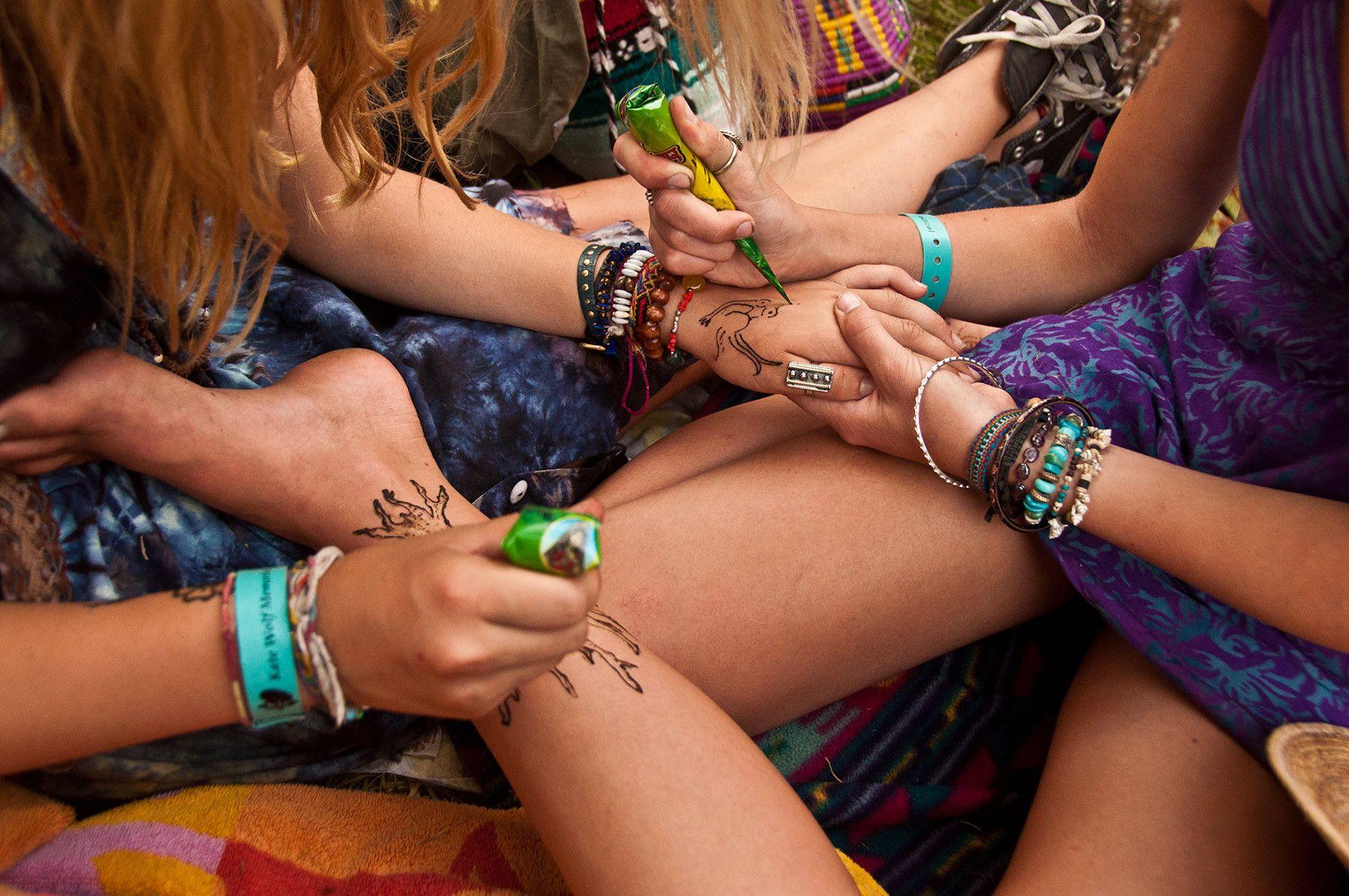 Artistic limbs, Kate Wolf Festival, Laytonville, California