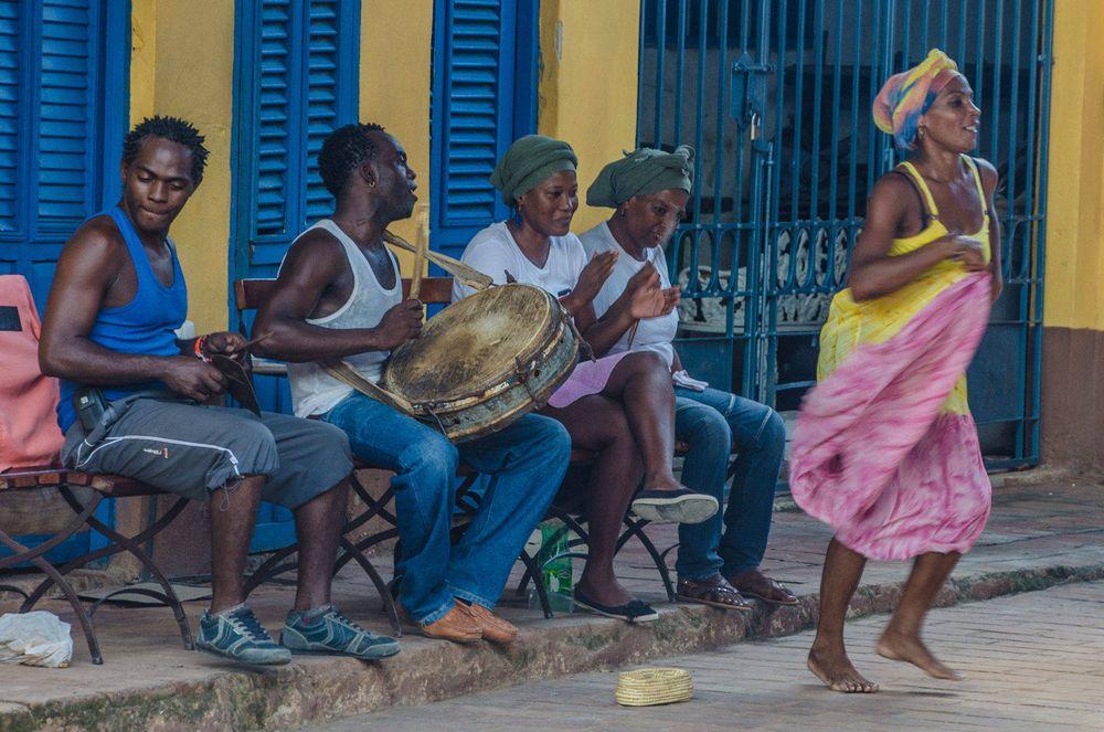 Musicians, Trinidad, Cube
