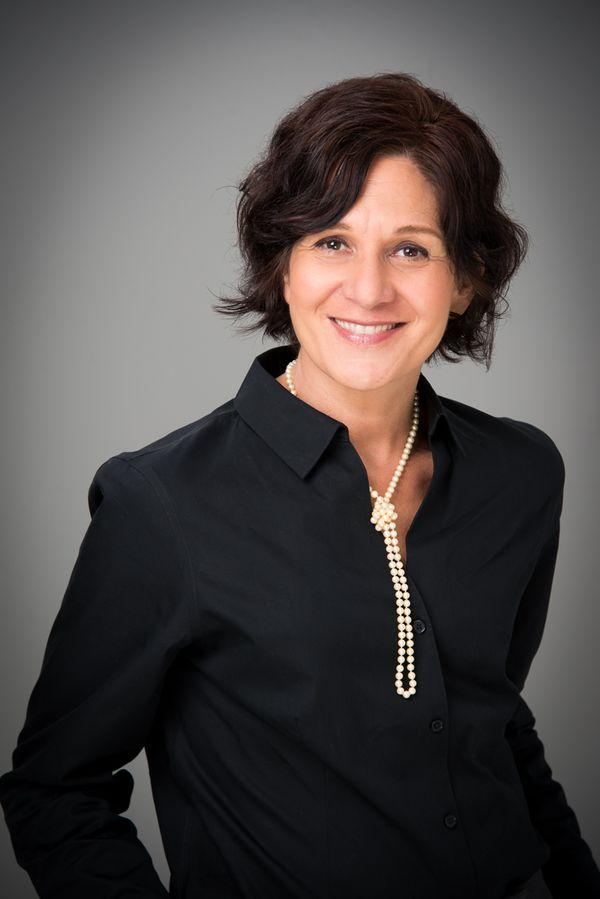 Debra Pardeles