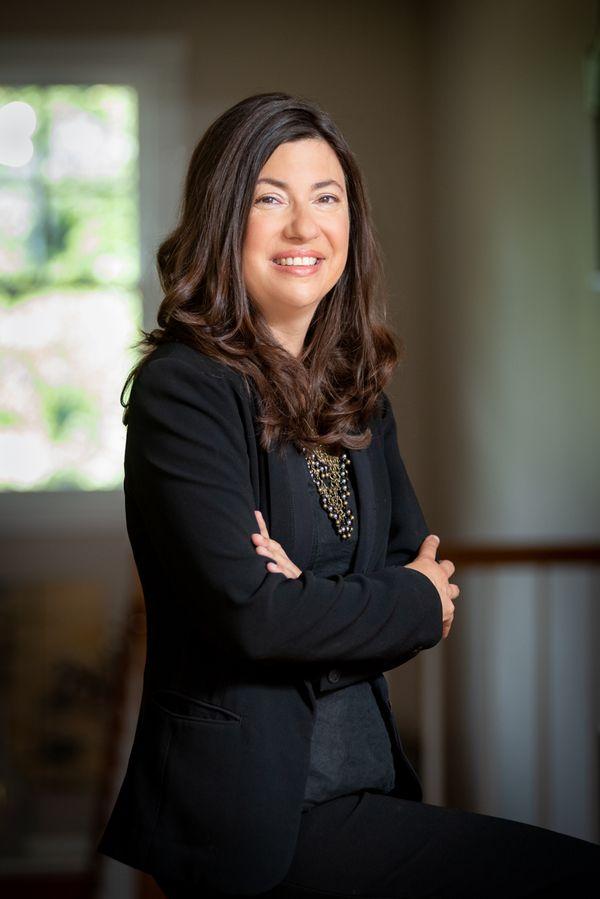 Ellen Brett; Brett Innovations