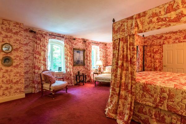 Canopy Bedroom