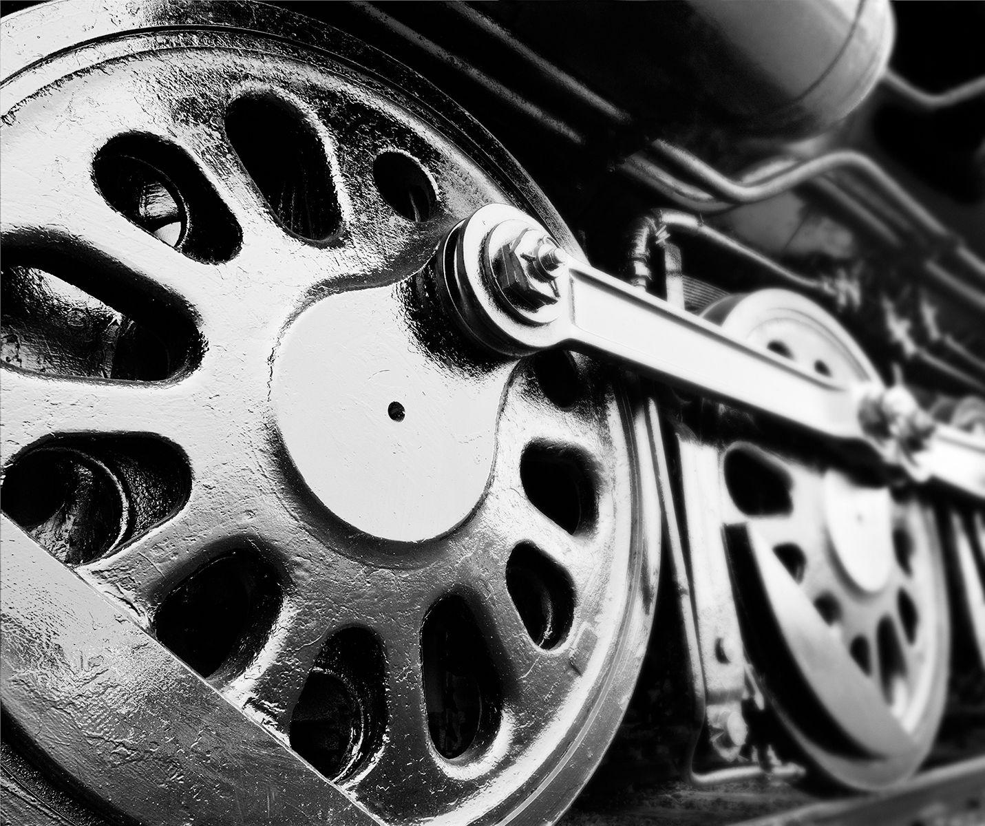 Drive Wheels LVT copy.jpg