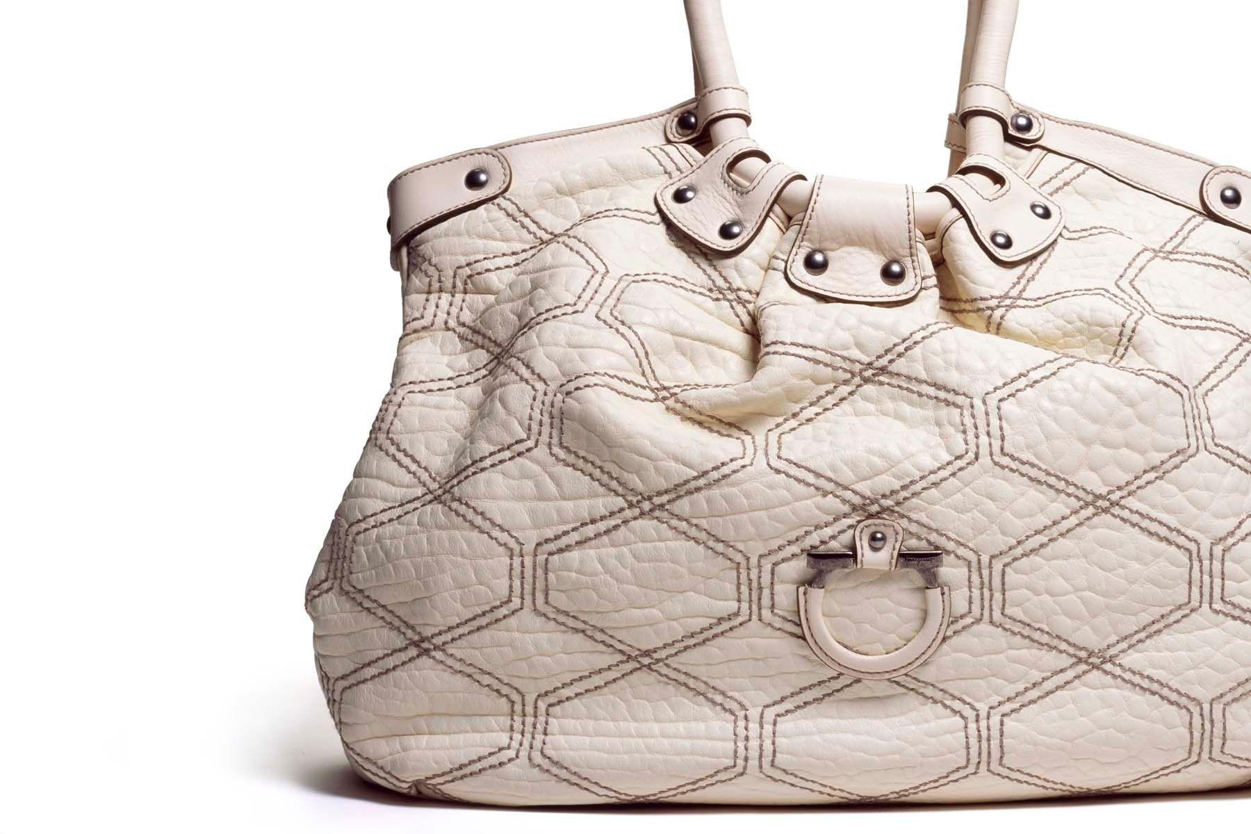 1white_purse