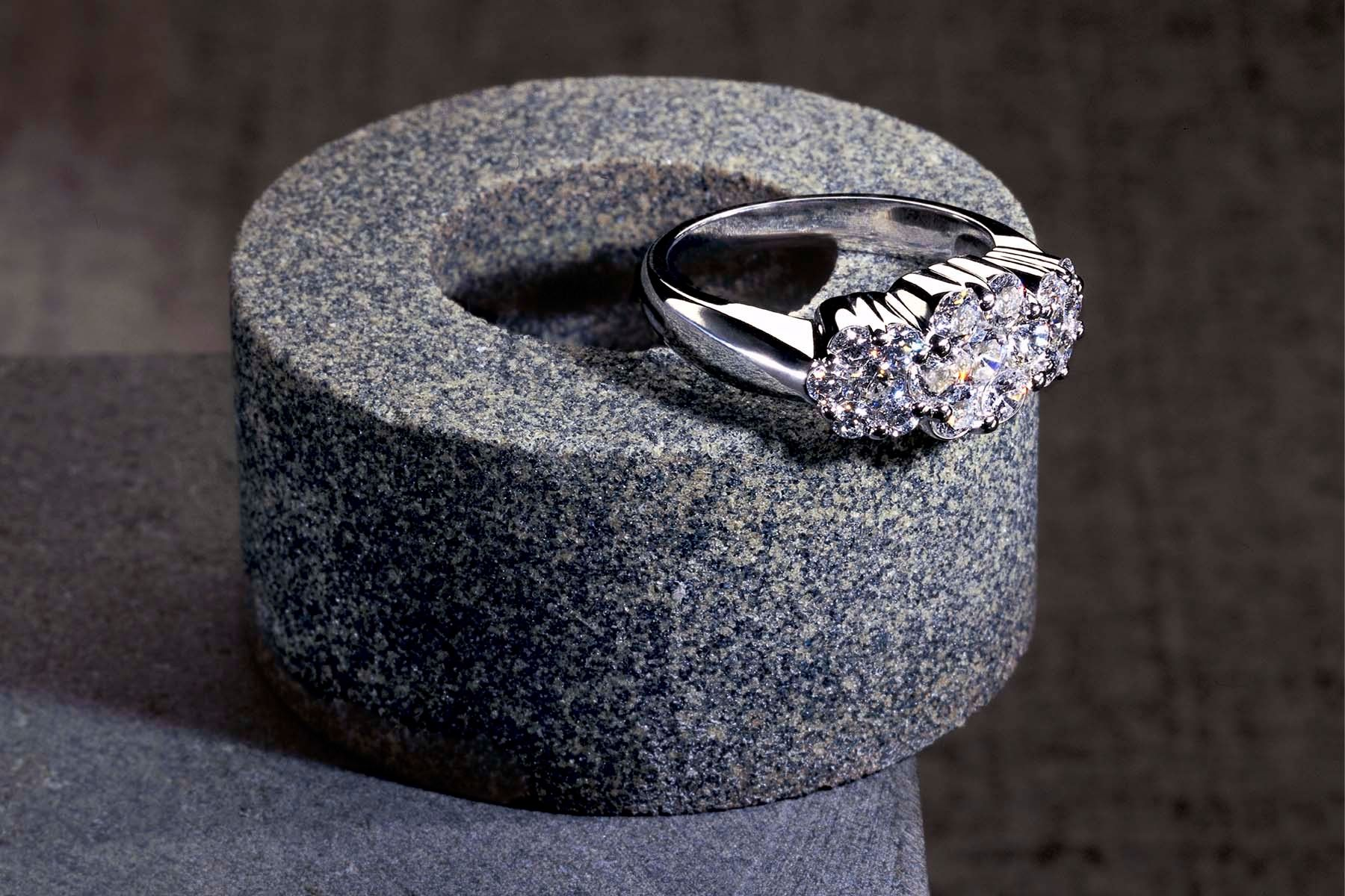 1diamond_ring