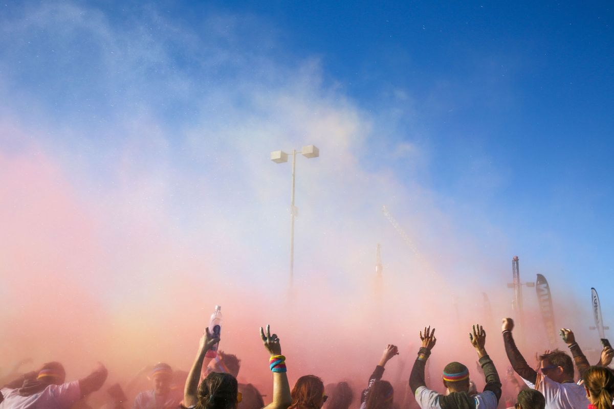 1color_throw_color_run_sf_01.jpg
