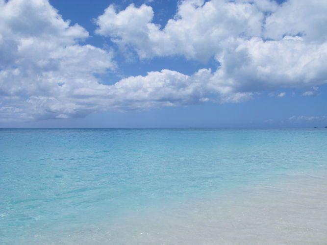072709194215_1Antigua_beach___sky.jpg