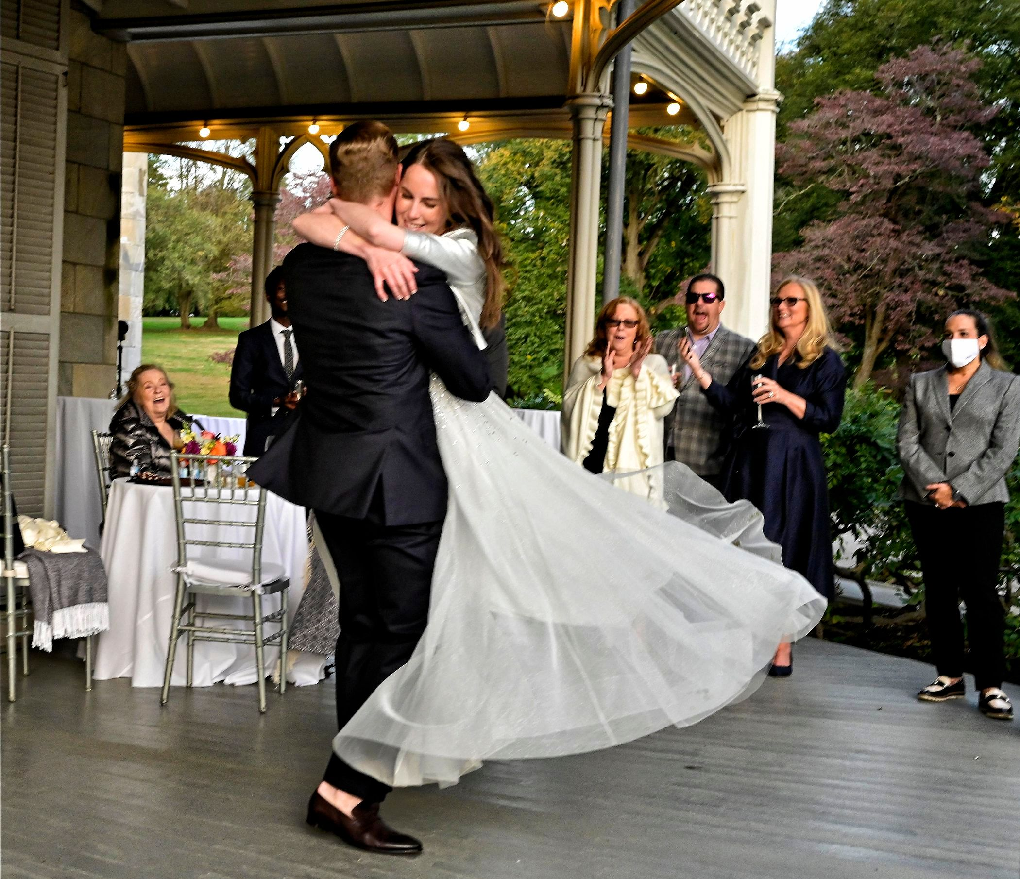 Newlywed's First Dance At Lyndhurst