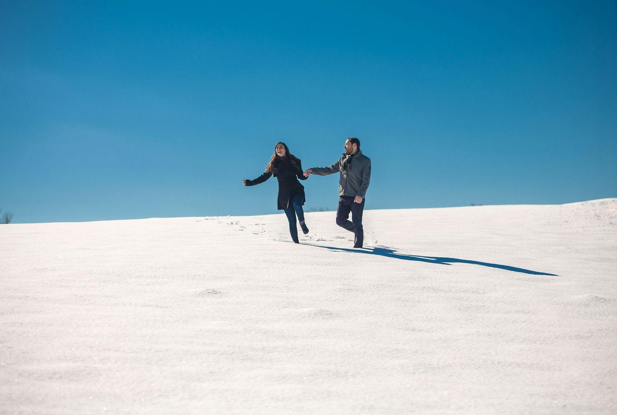 Shapera, SnowyFields, Engagement.jpg