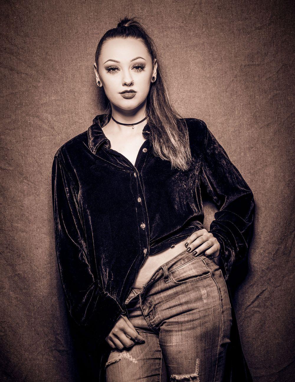 Hailey black velvet.jpg