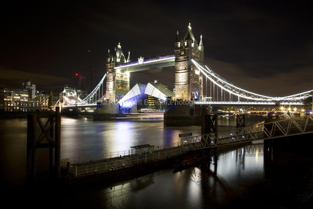 Tower Bridge Closing Part 1