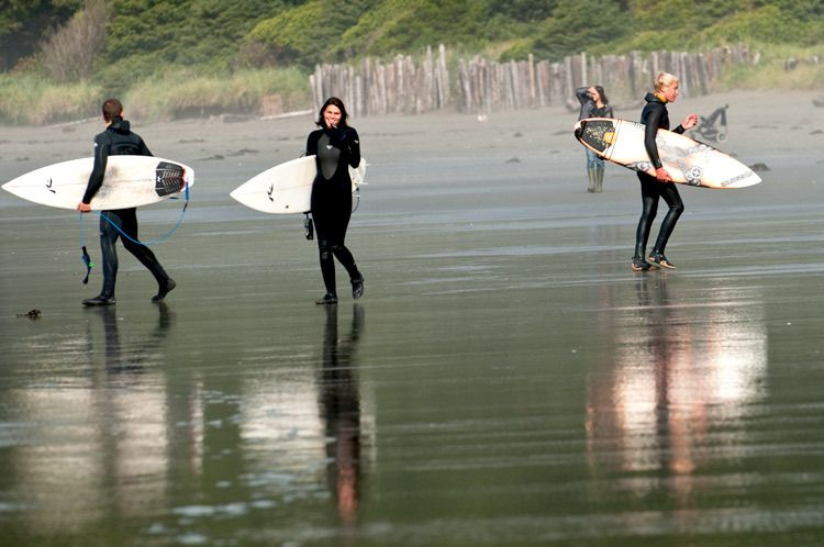 1surfday_tofino