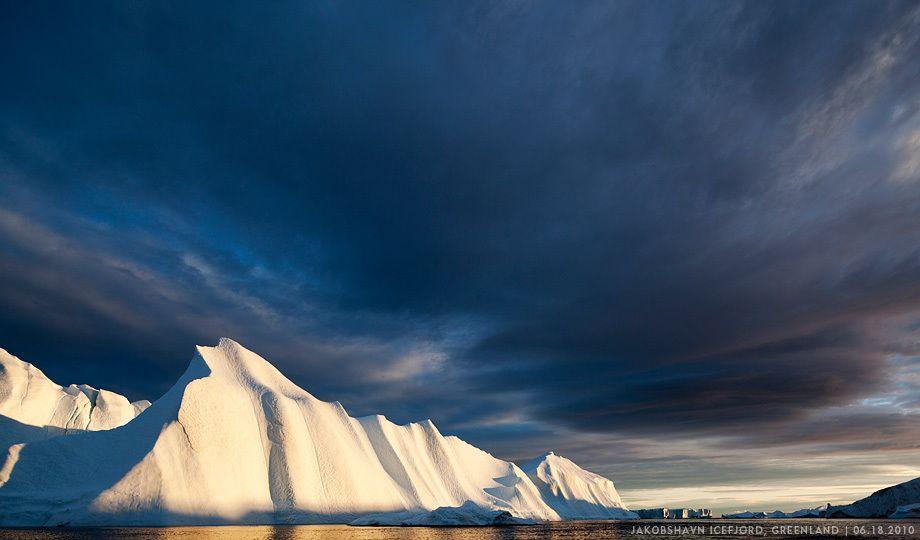 EGNI2211Icebergs, Disko Bay, Greenland