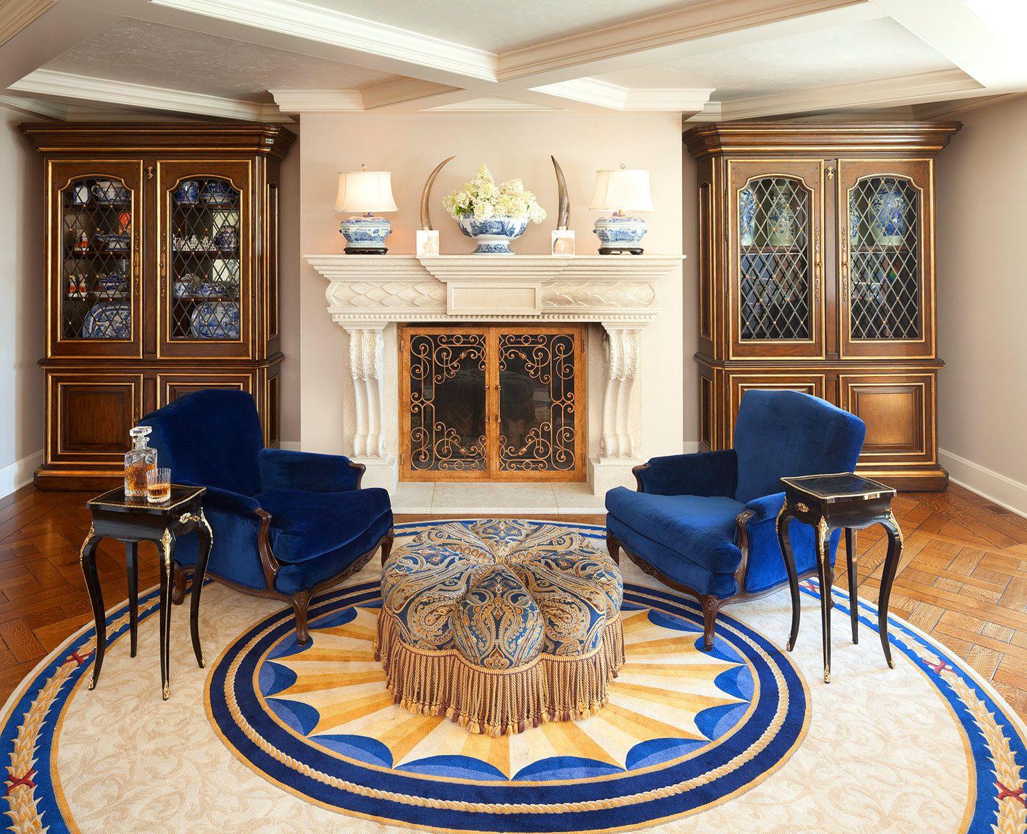 1blue_sitting_room_stone_fireplace.jpg