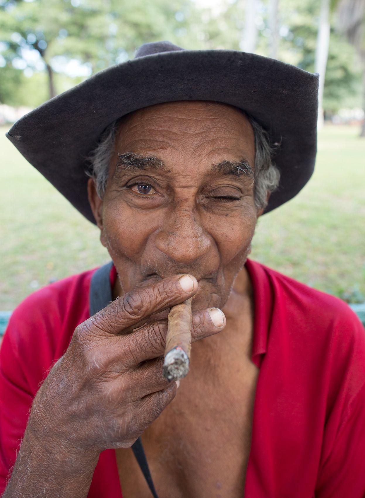 3915-Park-Bench-Cigar-copy.jpg
