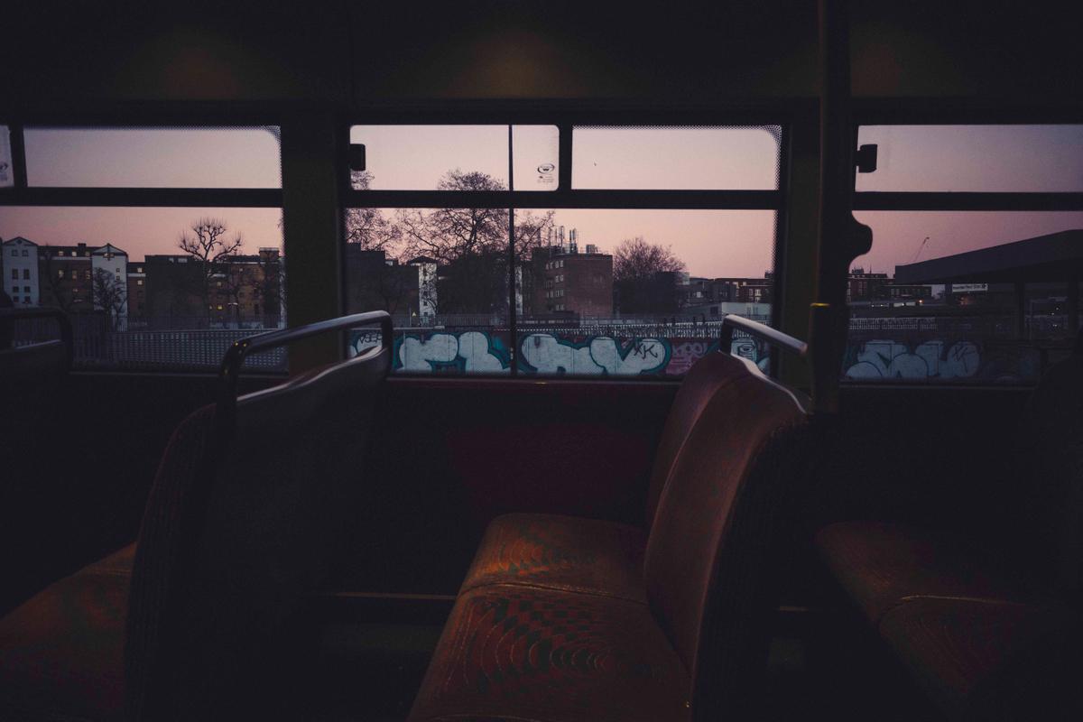 bus dusk1.jpg