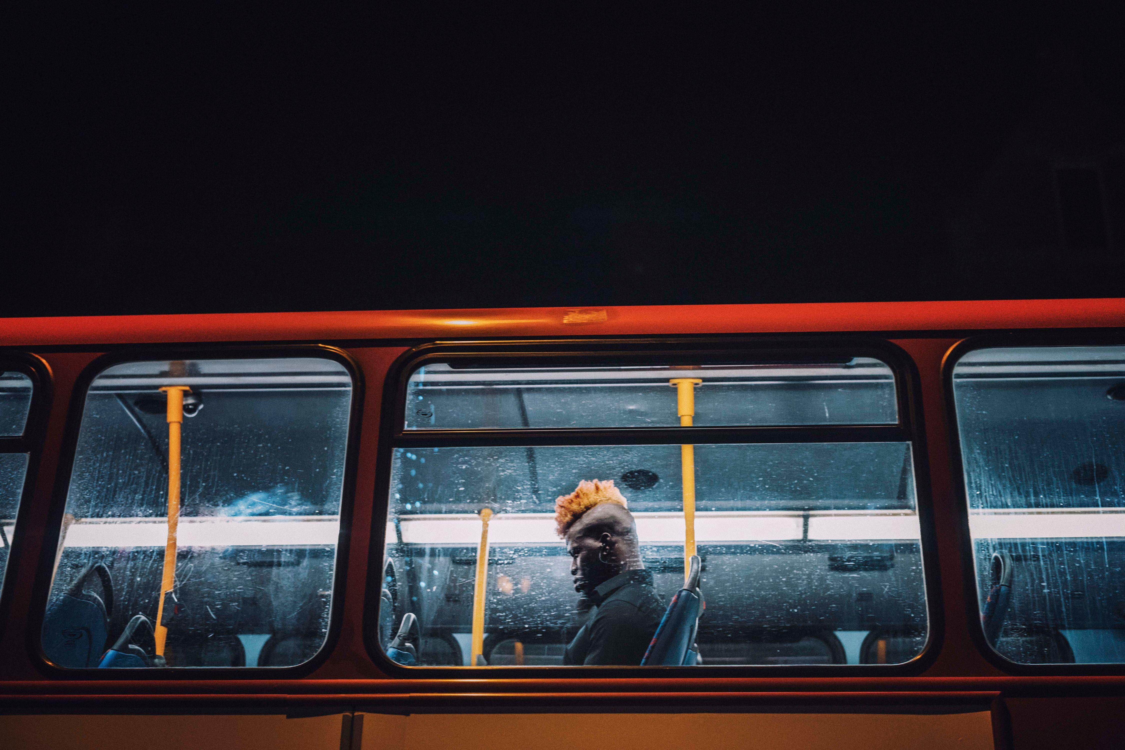bus1011417.jpg