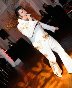 Viva Las Vegas - Elvis lives