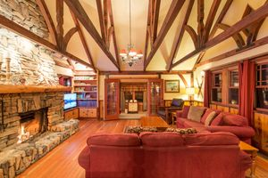 Alpine lodge living room .jpg