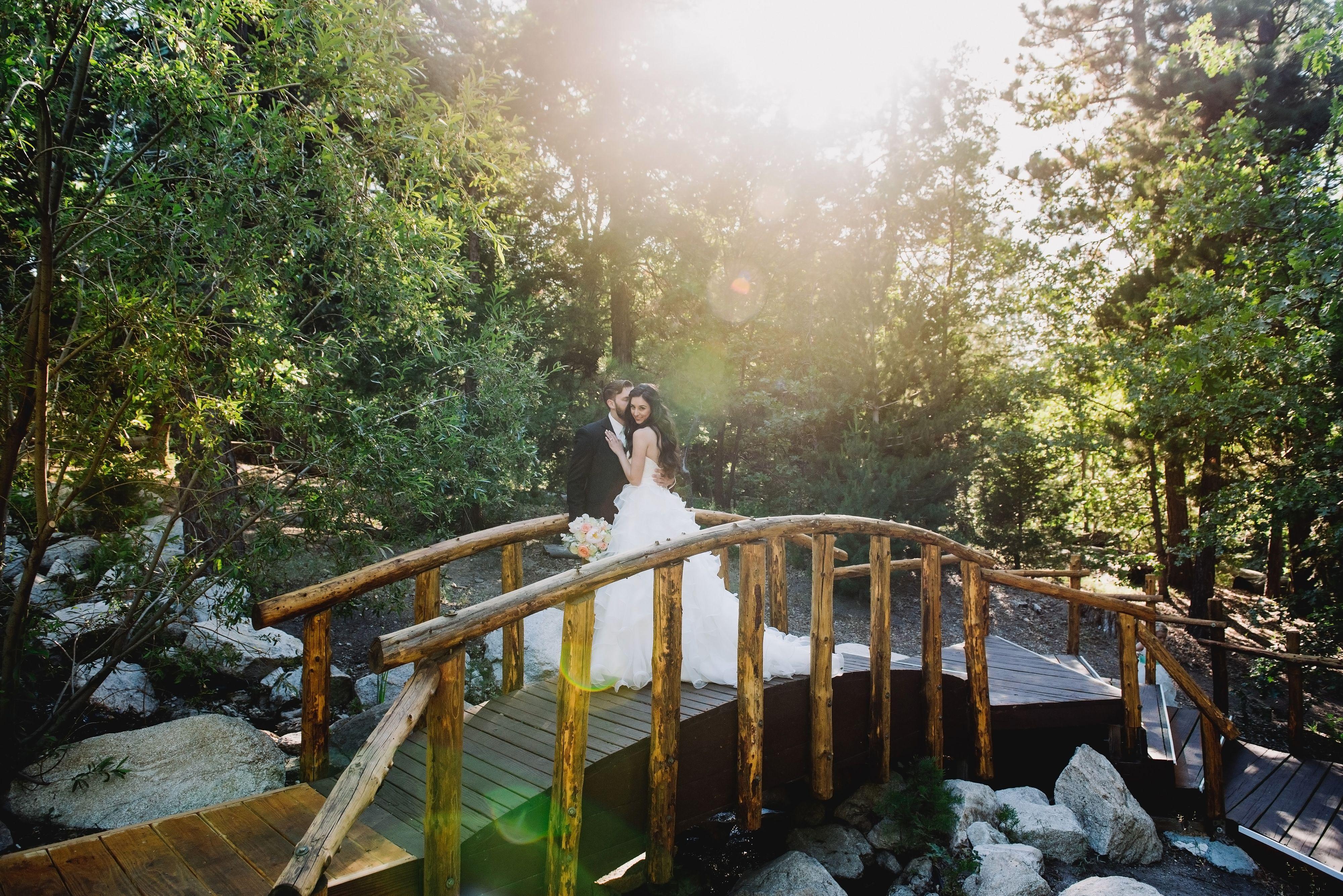 Mountain Forest wedding at Bridge Pine Rose cabins california