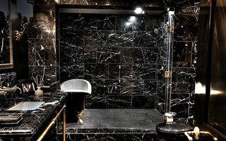 Bath04b.jpg