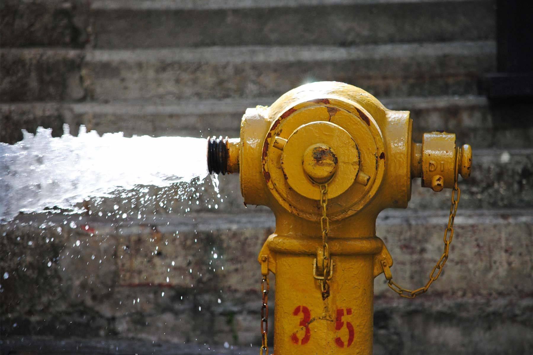100___hk___fire_hydrant_03.jpg