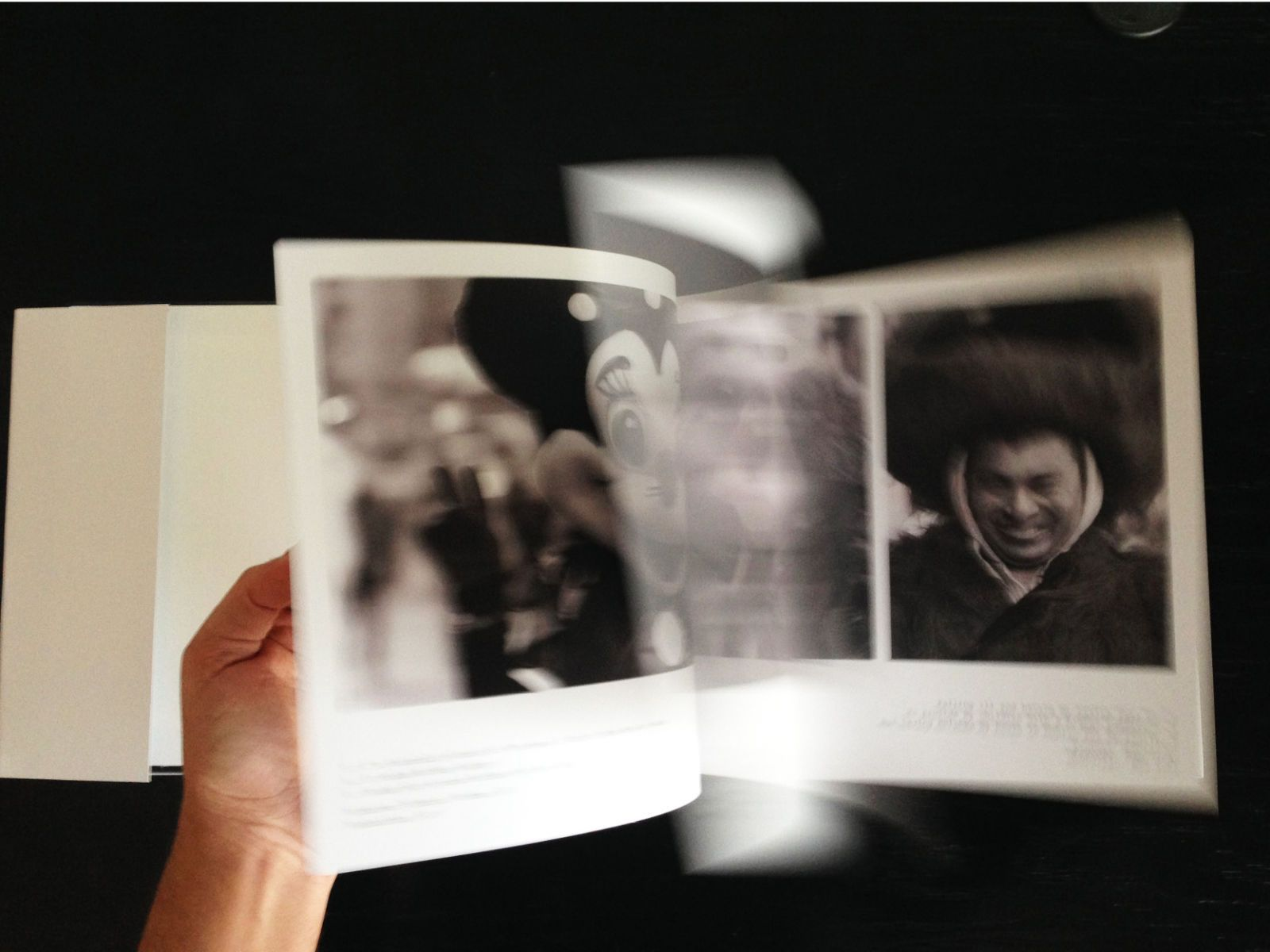 1book_scroll2.jpg