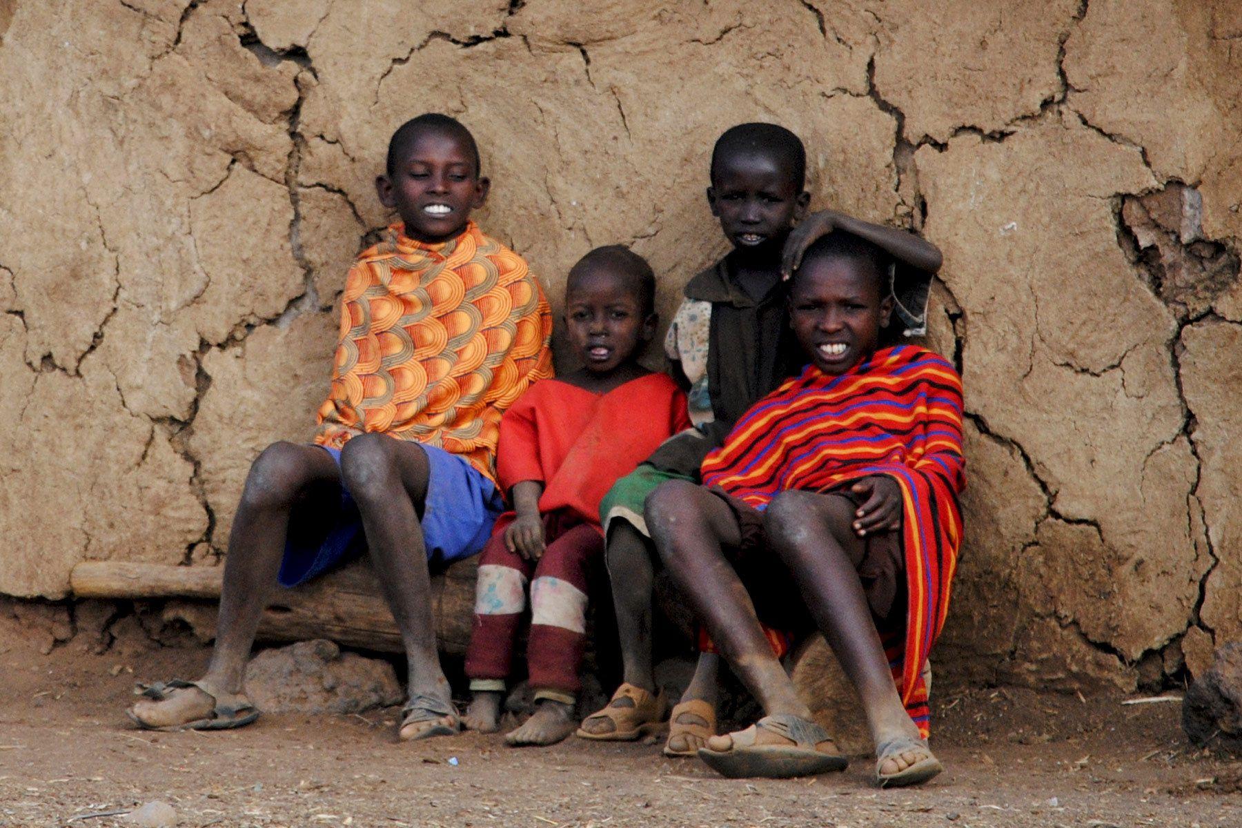 105___africa_kenya_maasai_village.jpg