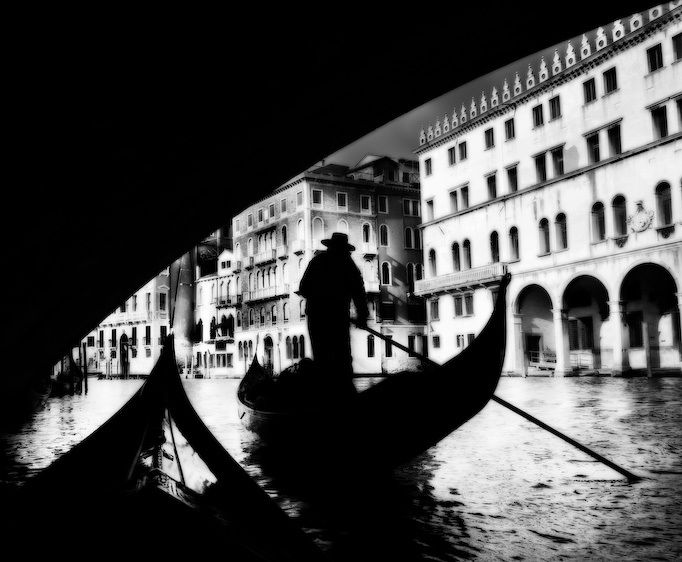 1italy_canoe