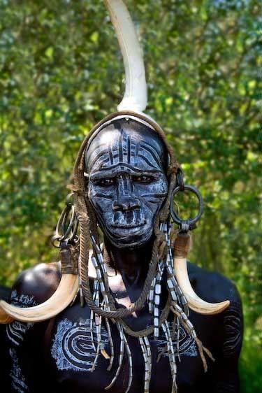 1ethiopian_mursi_warrior_one_
