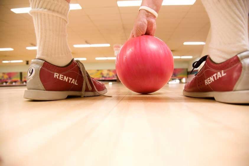 1Canada_bowling_