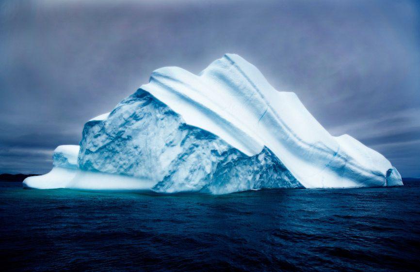 1canada_iceberg_place