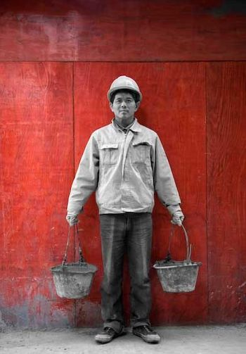 1China_Shanghai_worker