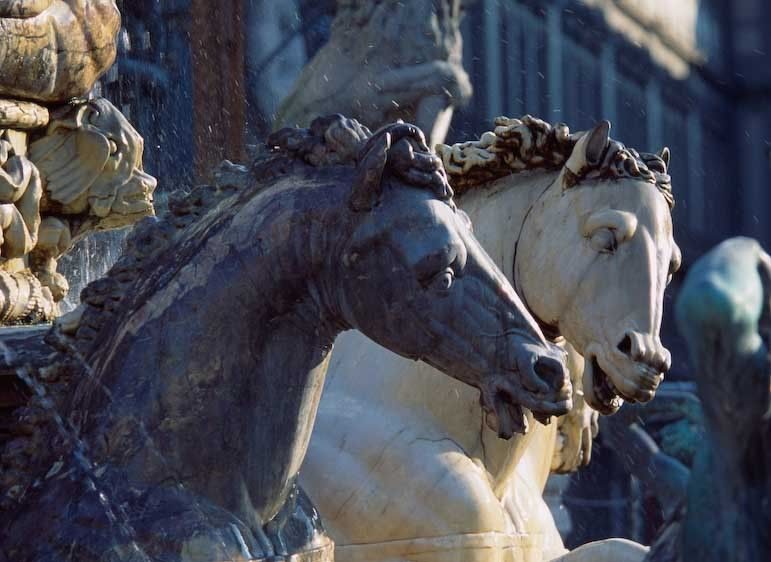 1italy_florence_horses_fountain_main_square