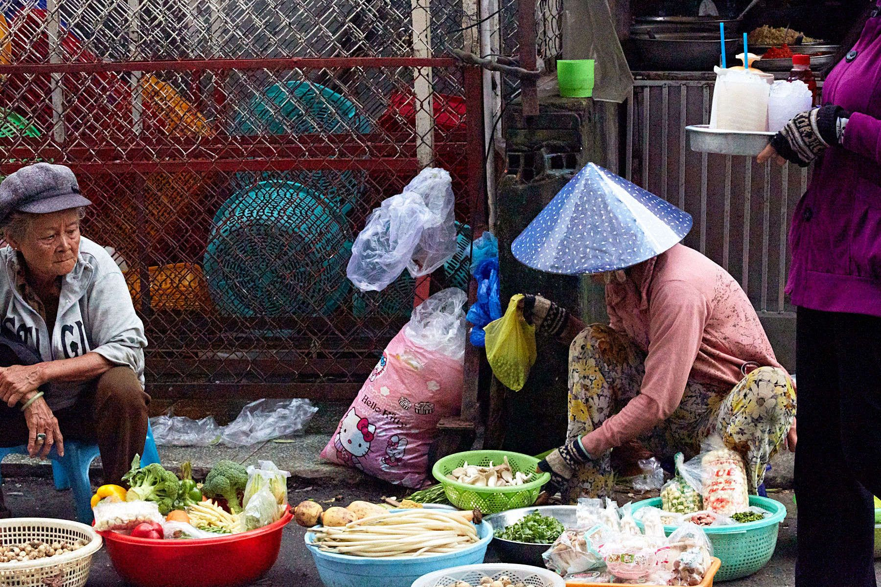 1r151020_redboat_vietnam_0985