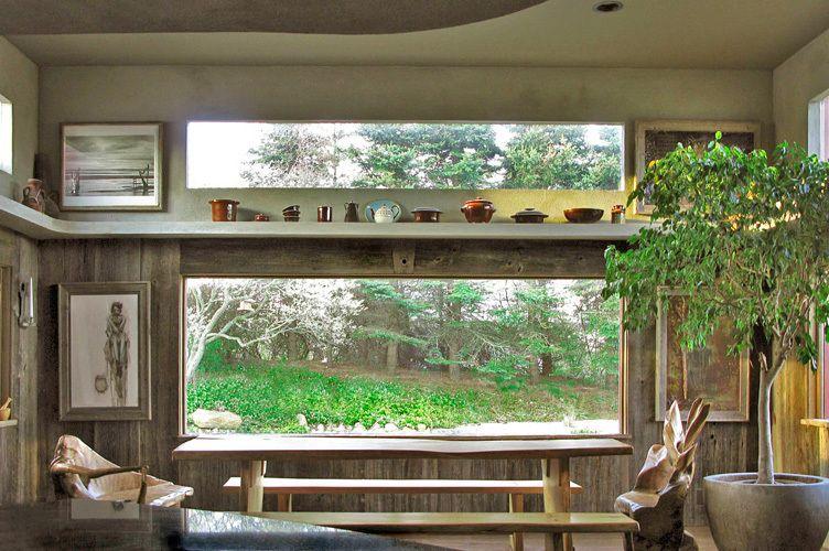 Barnboard and stucco dining area renovation: Montauk photographer's house