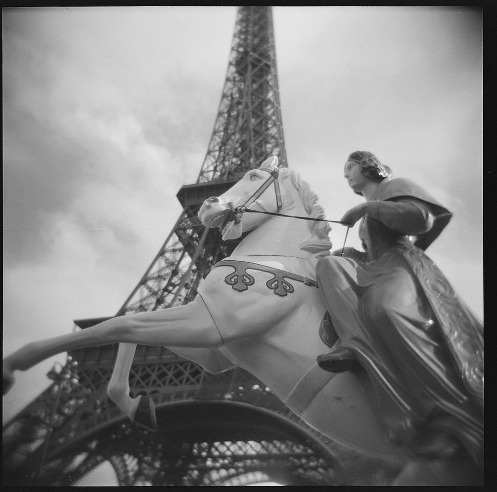 1paris_holga_scans_000576670007