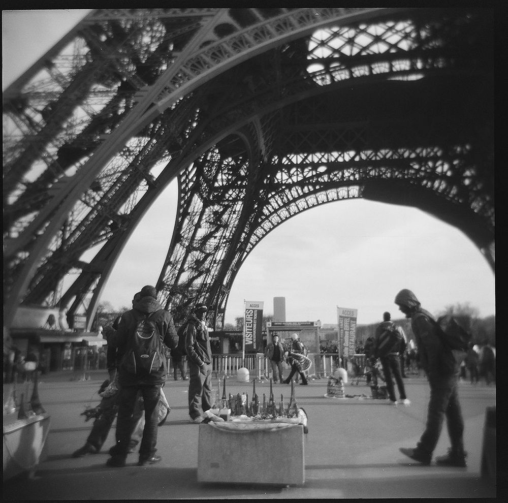1paris_holga_scans_000576670005
