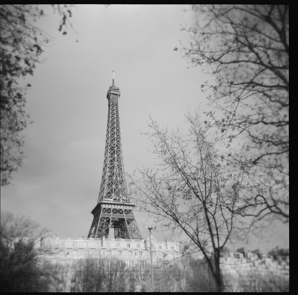 1paris_holga_scans_000576670008