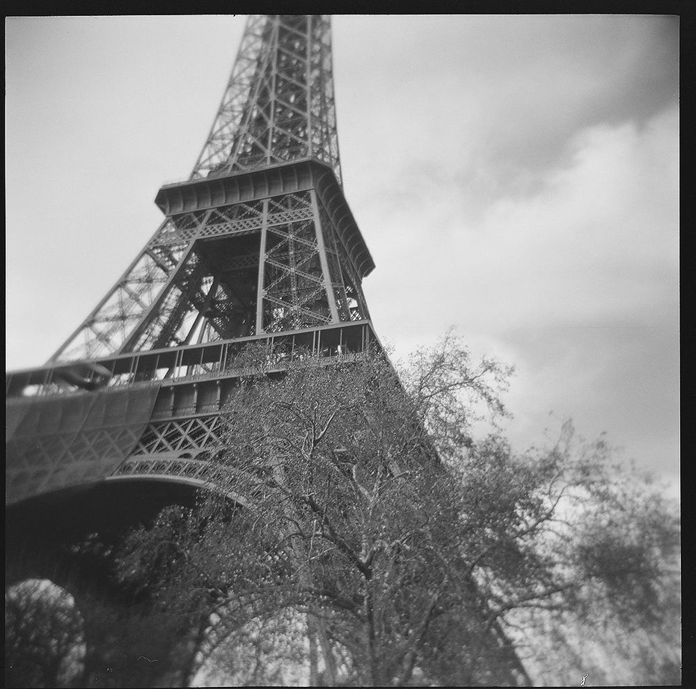 1paris_holga_scans_000576670003