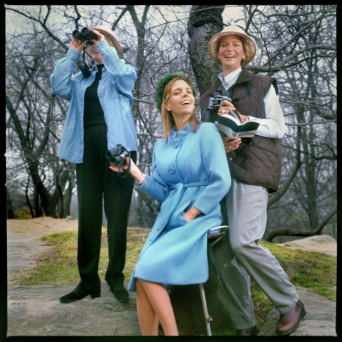 SUSIE HILFIGER, FASHION DESIGNER, WITH BIRD-WATCHER FRIENDS