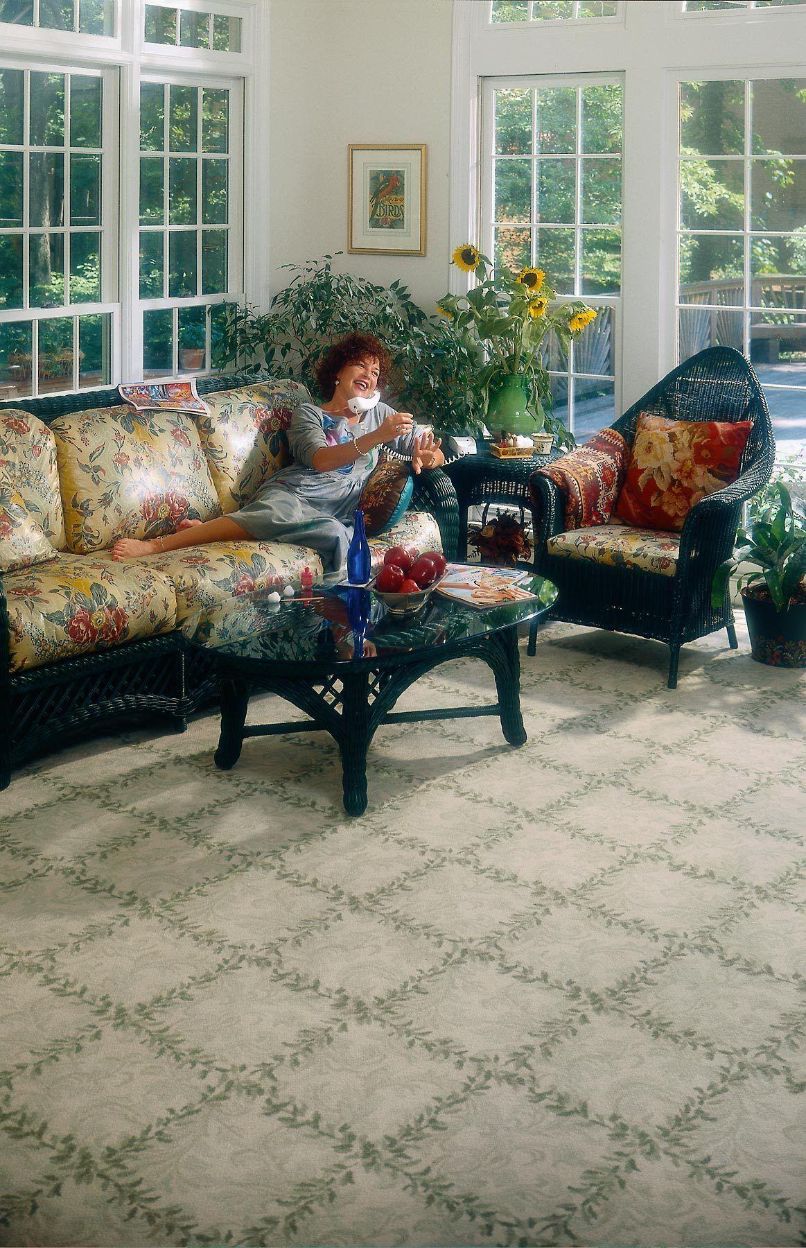 1shaw__woman__on_sofa.jpg
