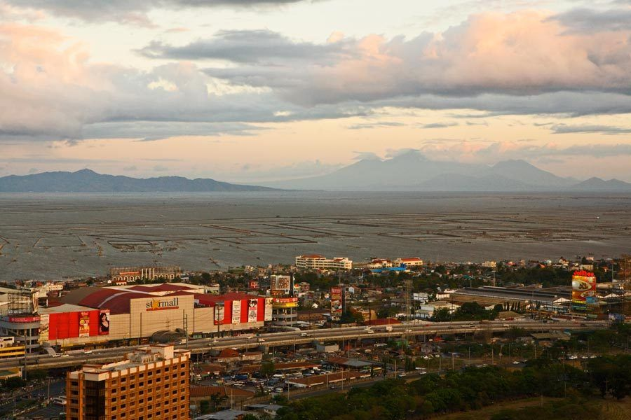 1Above_Alabang__Laguna_Bay_005br