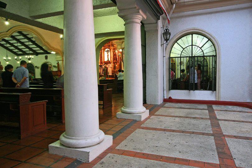 1Alabang_and_Cathedral_029ar