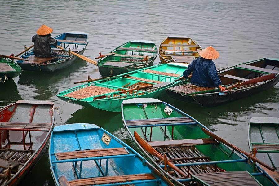 Ngo Dong River, Van Lam