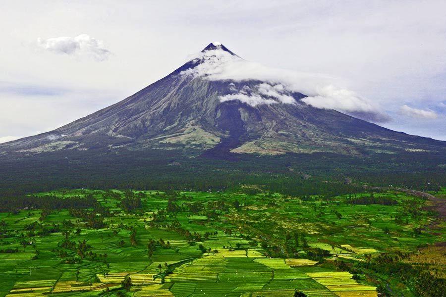 Mayon Volcano, Albay, Luzon